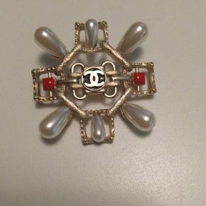 Authentic chanel faux pearl Brooch